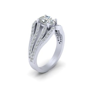 Classic Oval Diamond Engagement Ring Womens