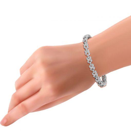NATURAL DIAMOND INFINITY BRACELET