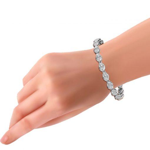 PEAR SHAPE NATURAL DIAMOND BRACELET