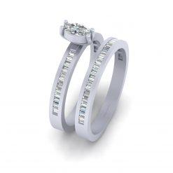 OVAL DIAMOND ENGAGEMENT RING SET
