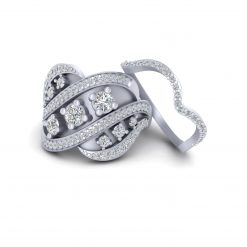 UNIQUE DIAMOND ENGAGEMENT RING SET