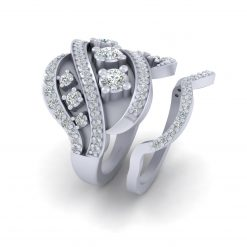 WHITE DIAMOND ENGAGEMENT RING SET