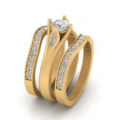 ROUND MOISSANITE WEDDING RING SET