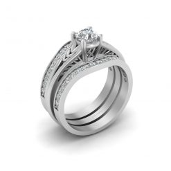SOLITAIRE MOISSANITE ENGAGEMENT RING SET