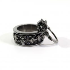 HIS AND HERS SKULL WEDDING SET