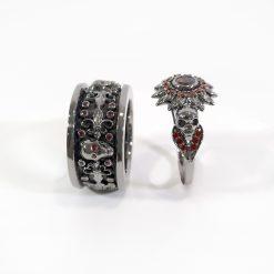 RED DIAMOND MATCHING SKULL COUPLE RINGS