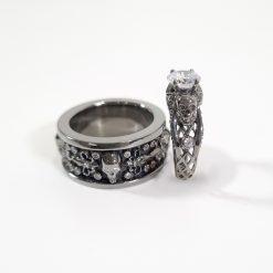 WHITE DIAMOND SKULL WEDDING RING SET